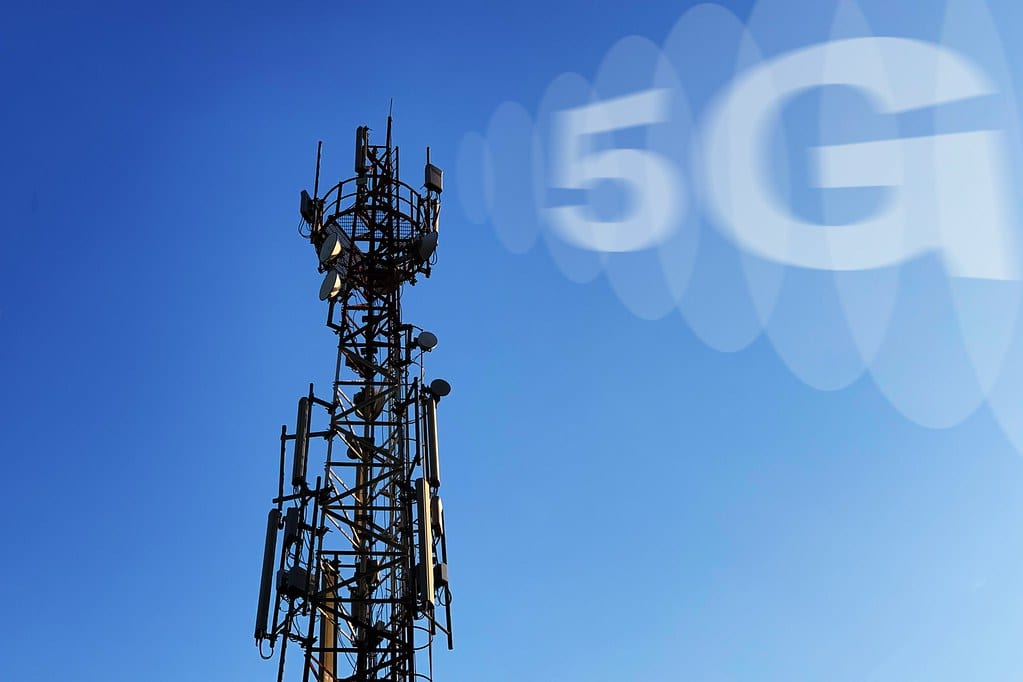 When is 5G coming to Canada
